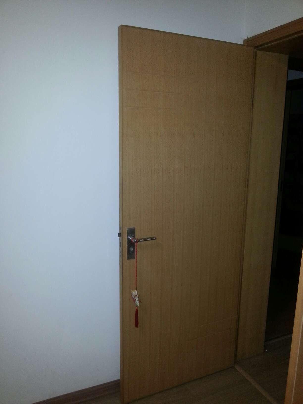 woodendoor.jpg