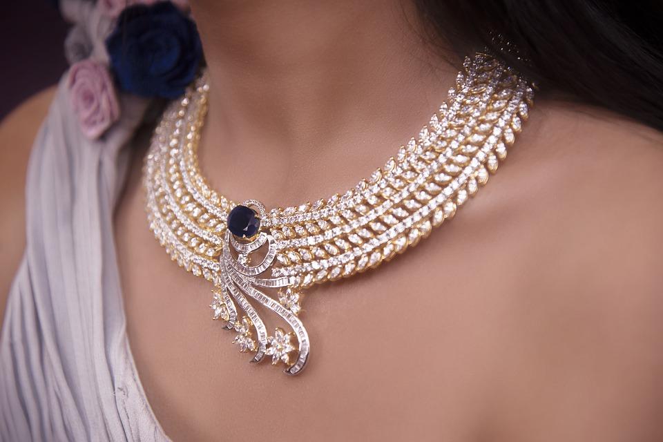 jewellery-4255836_960_720.jpg